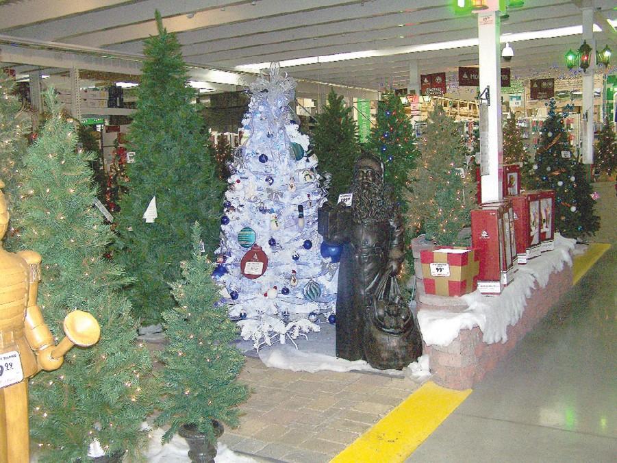 Davison Menards Ready To Celebrate Its First Christmas Davison Index